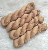 Sockengarn Turin - Merino-Seide-Ramie - pflanzengefärbt 100g *Catechu (hellbraun)