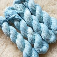Sockengarn Turin - Merino-Seide-Ramie - pflanzengefärbt 100g *Indigo eisblau