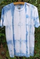 T-Shirt Unikat handgefärbt mit Indigo in Shibori Technik - Größe M #1